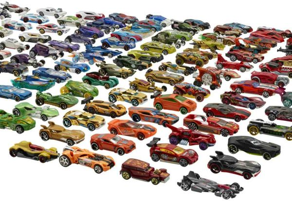 Hot Wheels® - Autos 1:64, sortiert